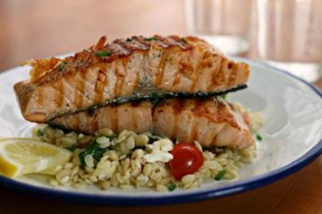 GRILLED SALMON w ORZO, FETA & RED WINE VINAIGRETTE - Great Neighborhood Cooks
