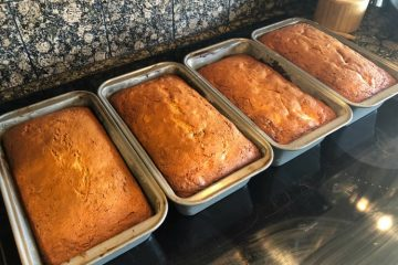 Sour Cream Banana Bread - Great Neighborhood Cooks