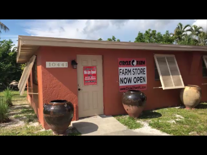 I finally visited the Circle C Farm Store located in historic, picturesque Bonita Springs, Florida. There I met a most delightful and very knowledgeable co-owner.